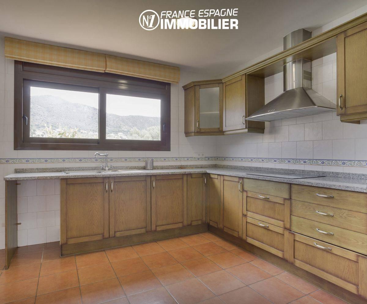 vente immobilier costa brava: villa ref.3415, cuisine équipée accès terrasse couverte