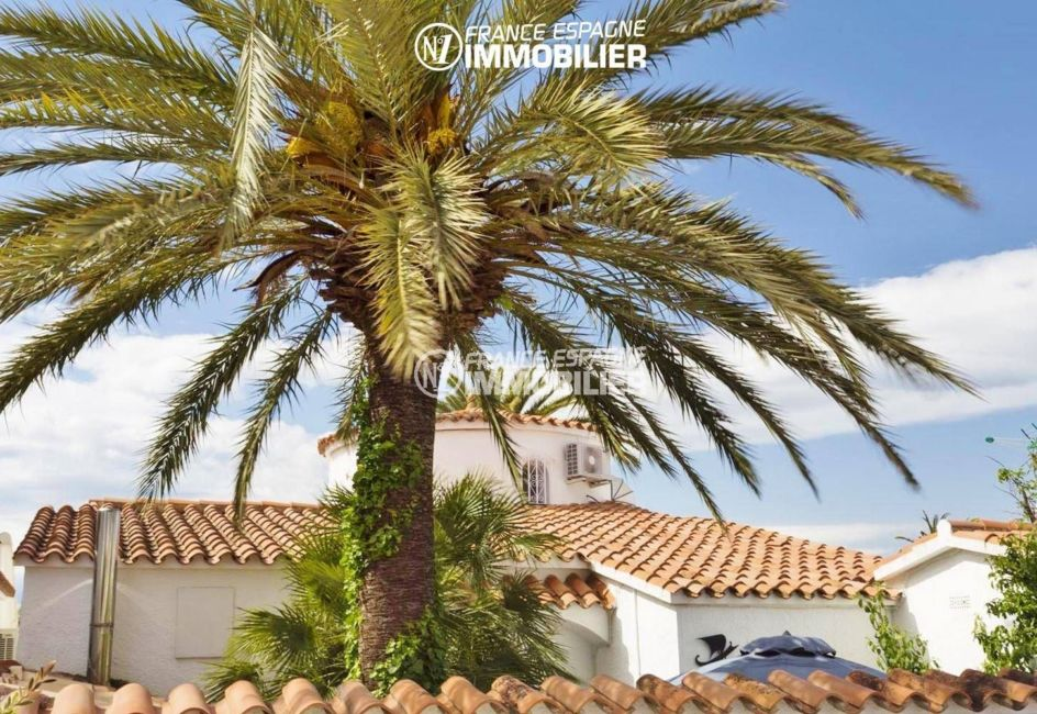 agence immo empuriabrava: villa ref.3405, architecture méditerranéenne