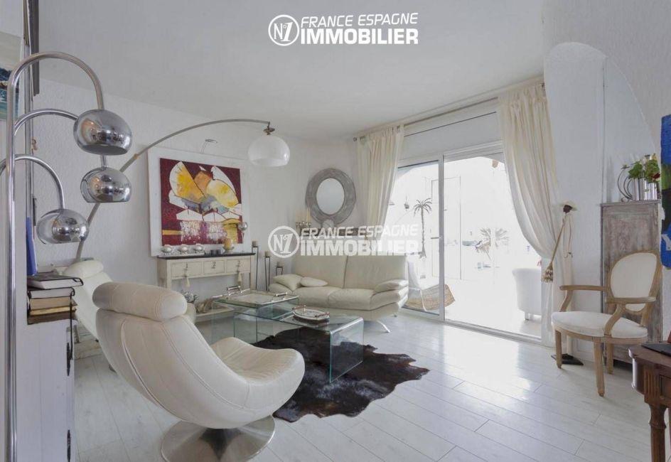 maison a vendre espagne, ref.3405, aperçu séjour avec accès véranda