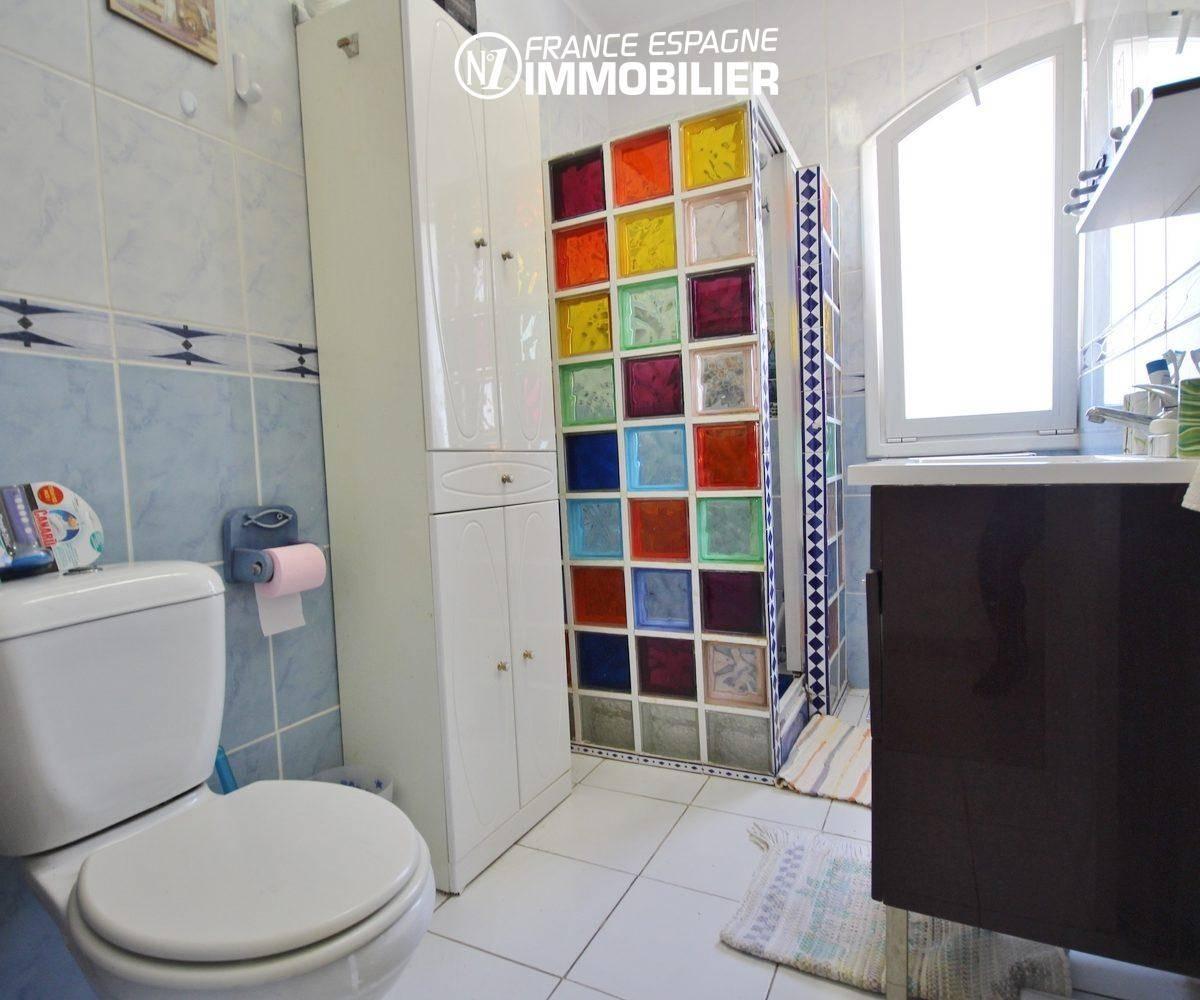 maison a vendre llanca, 152 m², piscine sur terrain 1763 m², vue mer proche plage