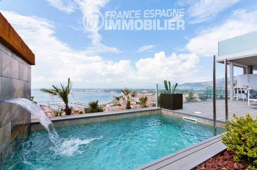 agence immo rosas, vend maison neuve proche commerces & plage - vue sur la piscine