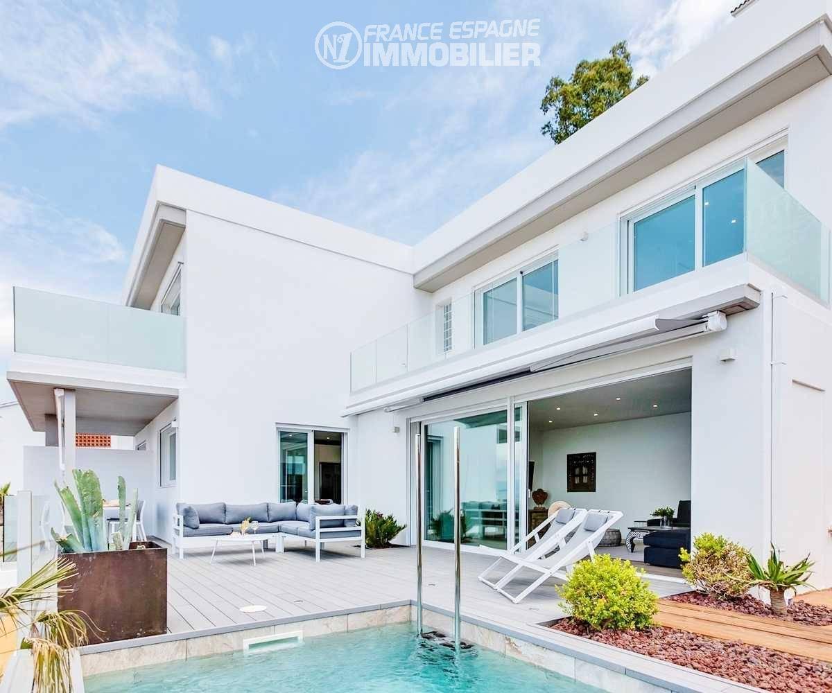 immobilier costa brava: villa standing, ref.3433, 200 m² sur terrain 400 m²