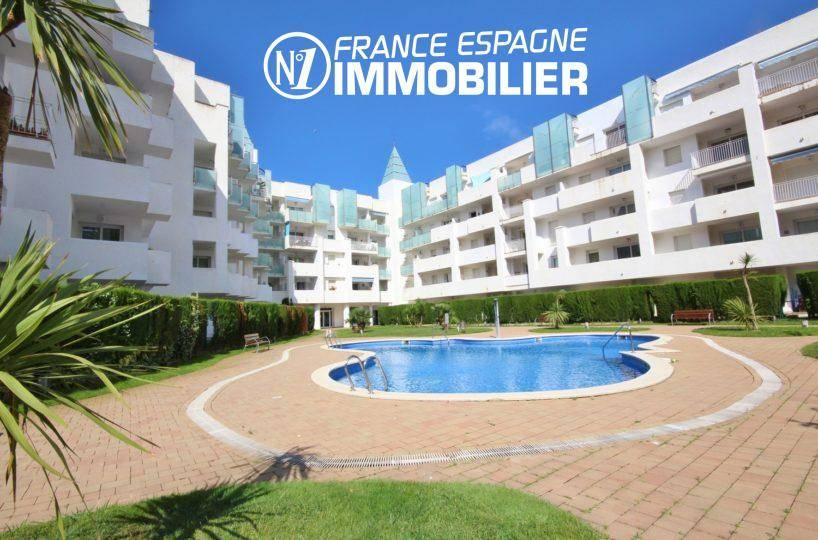 vente appartement rosas, 44 m² avec piscine & jardin parking, possibilité amarre