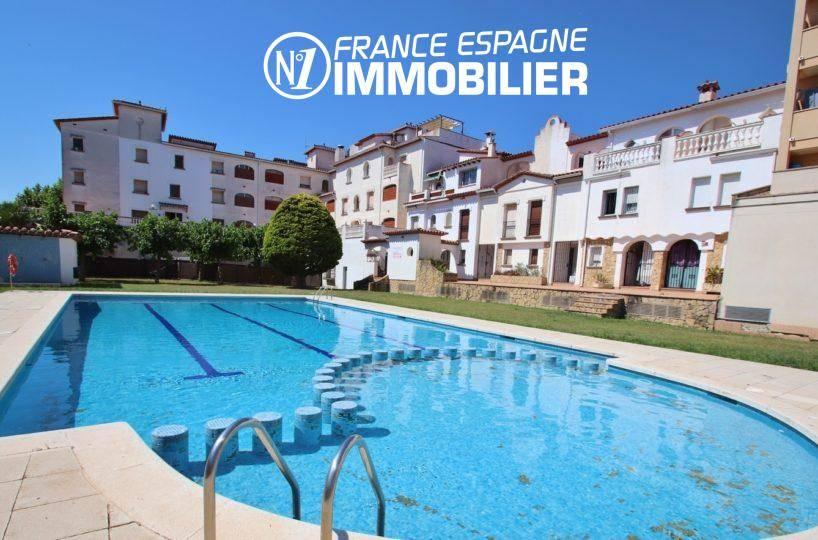 immobilier ampuriabrava: appartement ref.3459, piscine et parking en commun