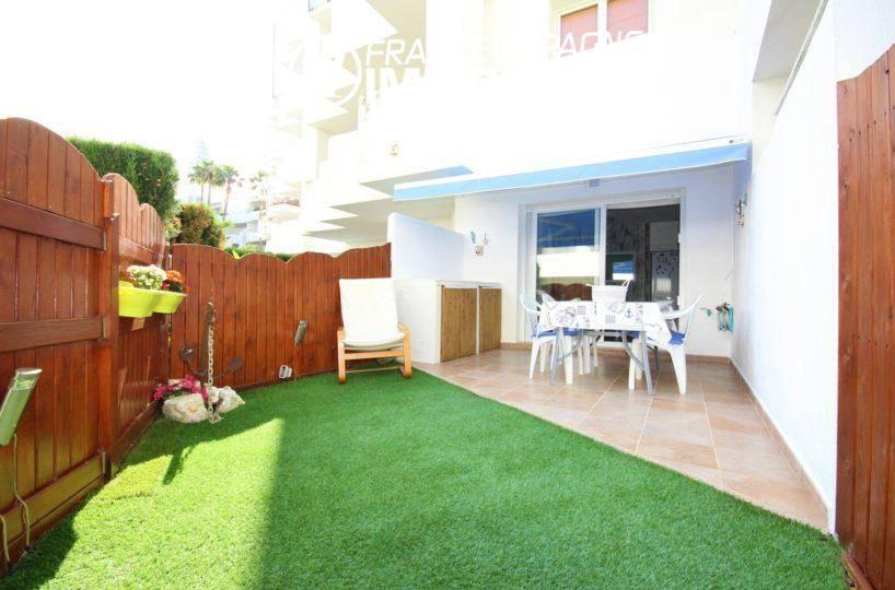 santa margarita rosas: appartement 44 m² avec piscine & jardin parking, amarre possible