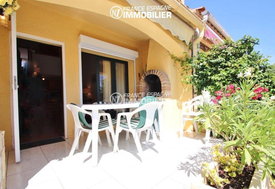 immobilier empuriabrava: villa ref.3446, terrasse avant, avec BBQ & accès séjour