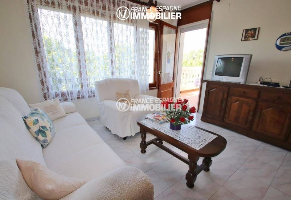 immobilier empuriabrava: appartement ref.3459, séjour avec accès terrasse