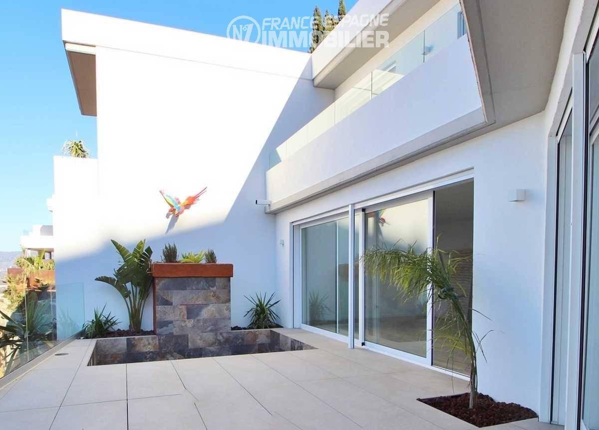 agence immobiliere costa brava: villa ref.3433, aperçu terrasse avec accès séjour