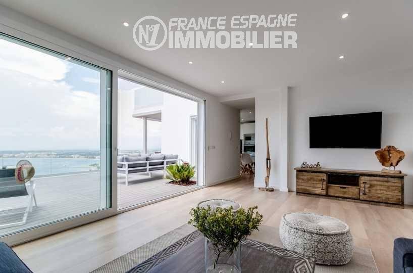 vente immobiliere rosas espagne: villa ref.3433, vue terrasse et baie de rosas depuis le sofa