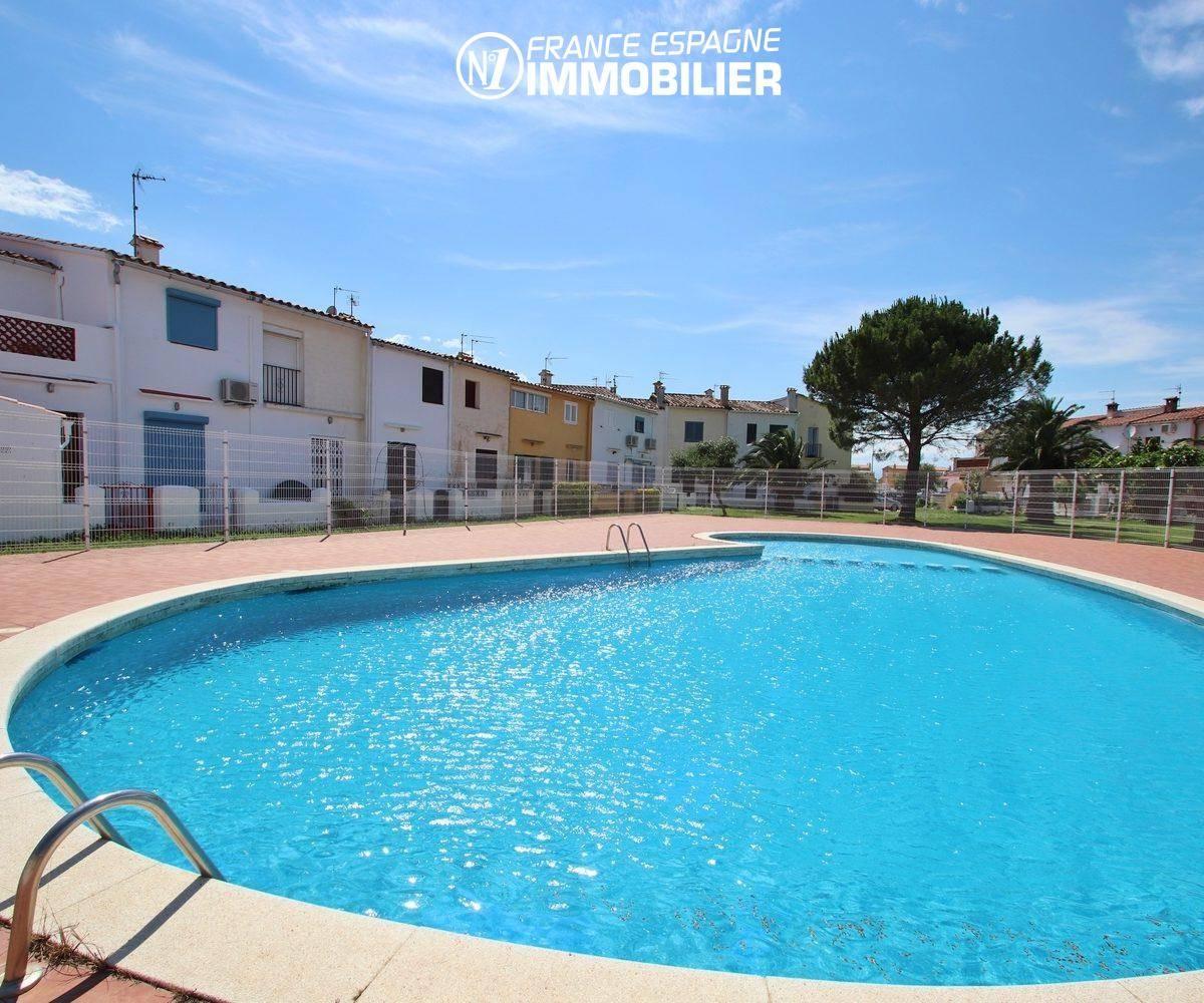 vente villa empuriabrava, ref.3446, aperçu de la piscine commune