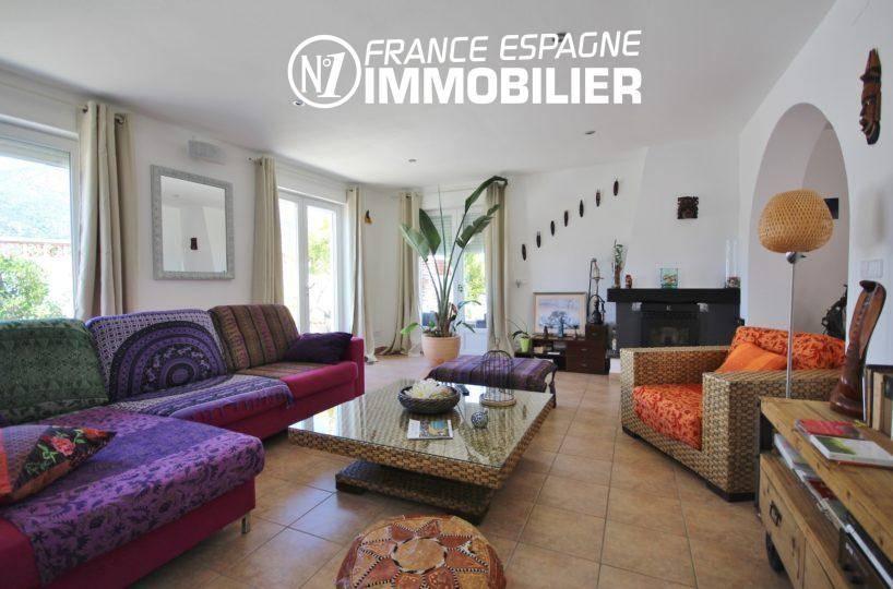 immobilier espagne, villa 160 m² à Rosas, jacuzzi solarium, vue mer