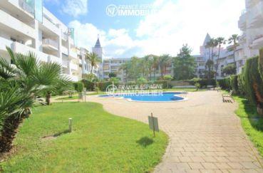 vente immobiliere espagne: appartement 44 m² avec piscine & jardin parking, amarre possible