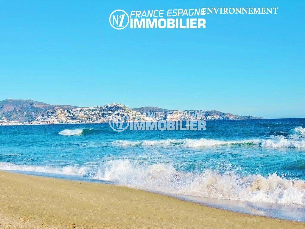la costa brava: appartement ref.3459, plage dempuriabrava et vue sur la baie aux environs