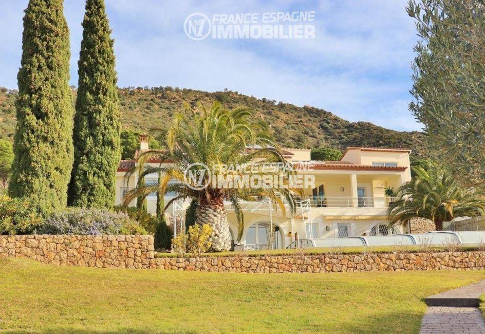 maison costa brava, ref.3481, aperçu de la façade, villa de 271 m², jardin arboré