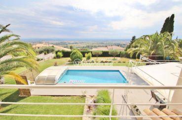 la costa brava: villa ref.3481, terrain de 2000 m² avec piscine couverte