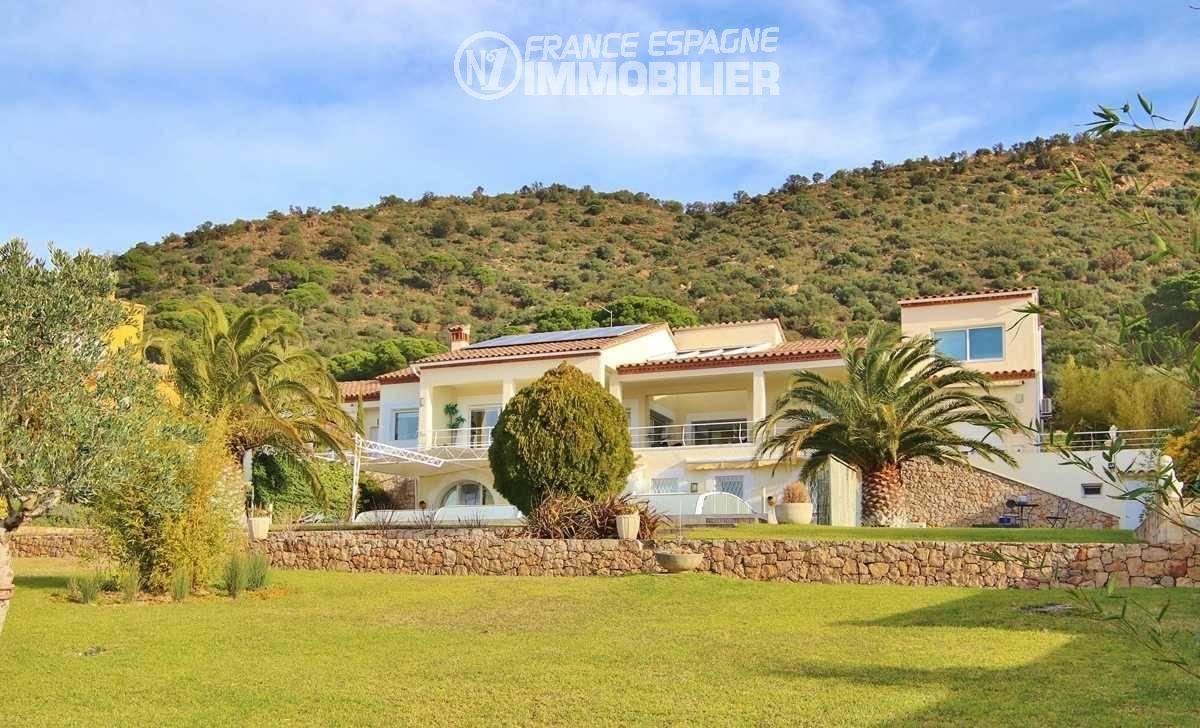 acheter maison costa brava, ref.3481, vue sur les montagnes depuis le jardin