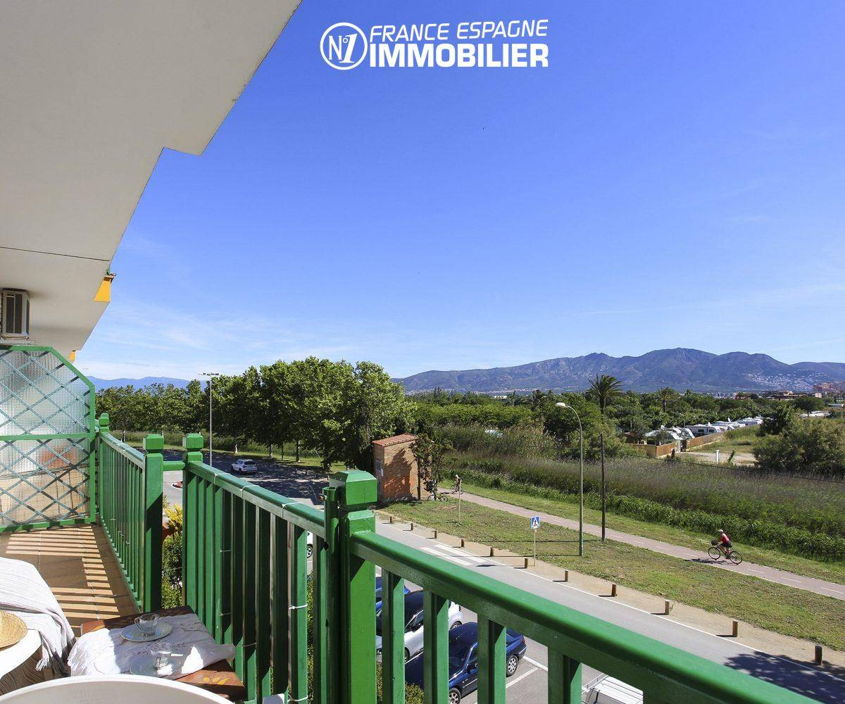 agence immobiliere costa brava: appartement ref.3470, piste cyclable le long du canal