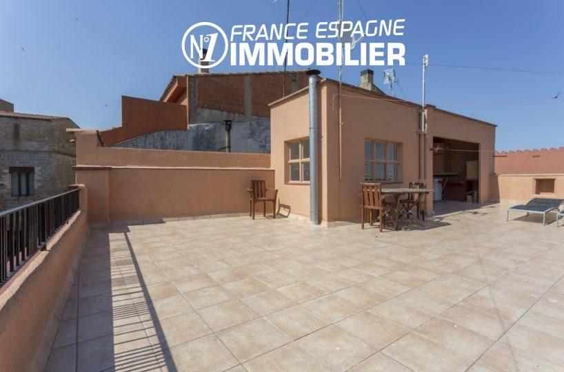 immobilier ampuriabrava: villa ref.3477, vue de la terrasse 45m² au 2e étage