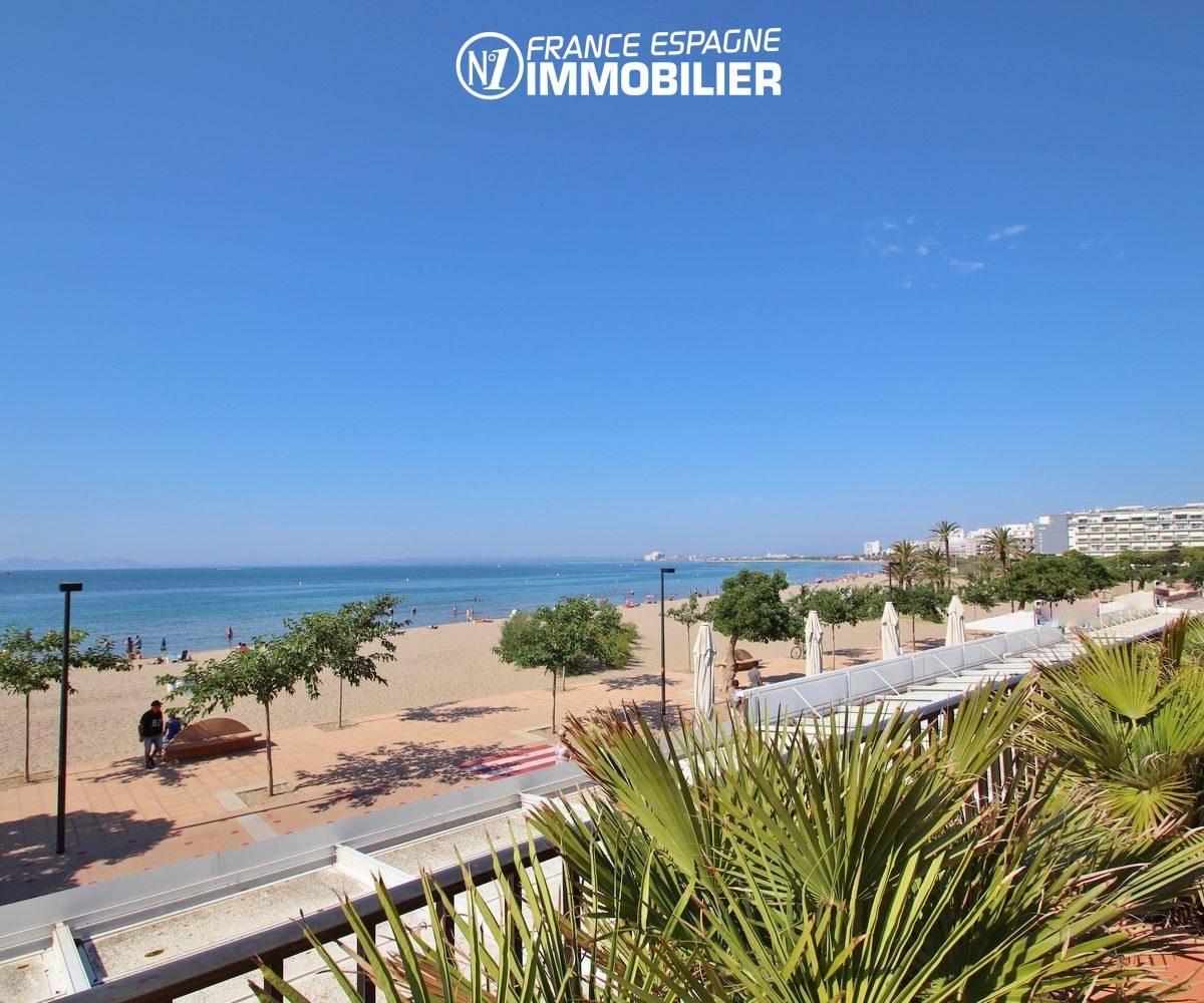 agence immobilière costa brava: appartement 165 m², front de mer plage rue en face de l'immeuble