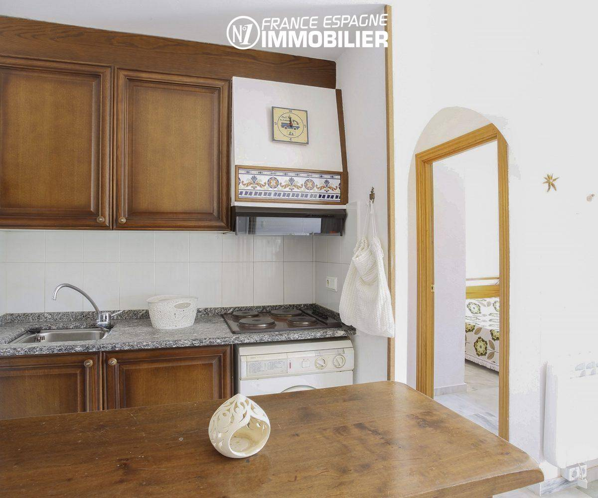 agence immobiliere empuriabrava: appartement ref.3470, cuisine américaine équipée