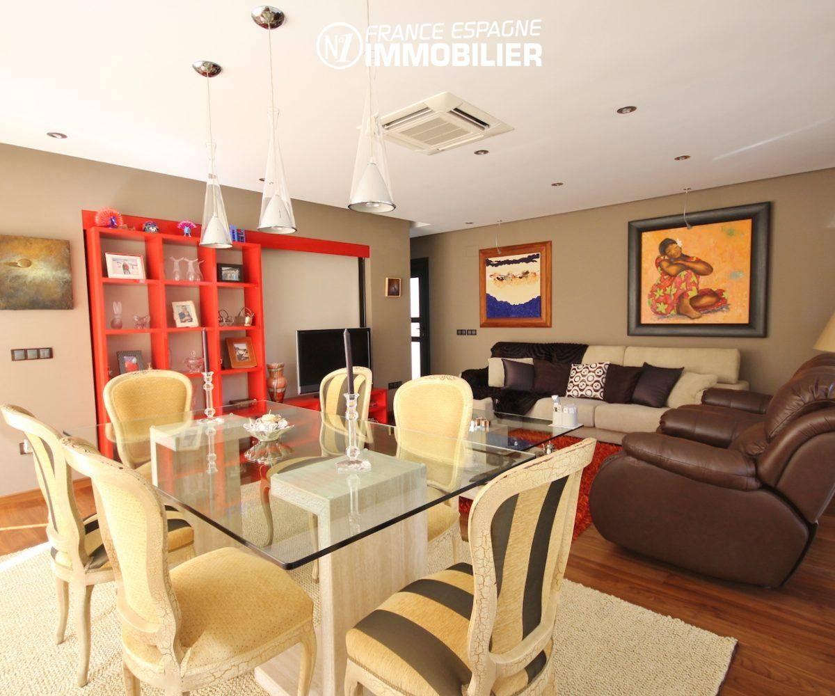 maison a vendre espagne, ref.3466, Séjour / salle à manger avec de nombreux rangements