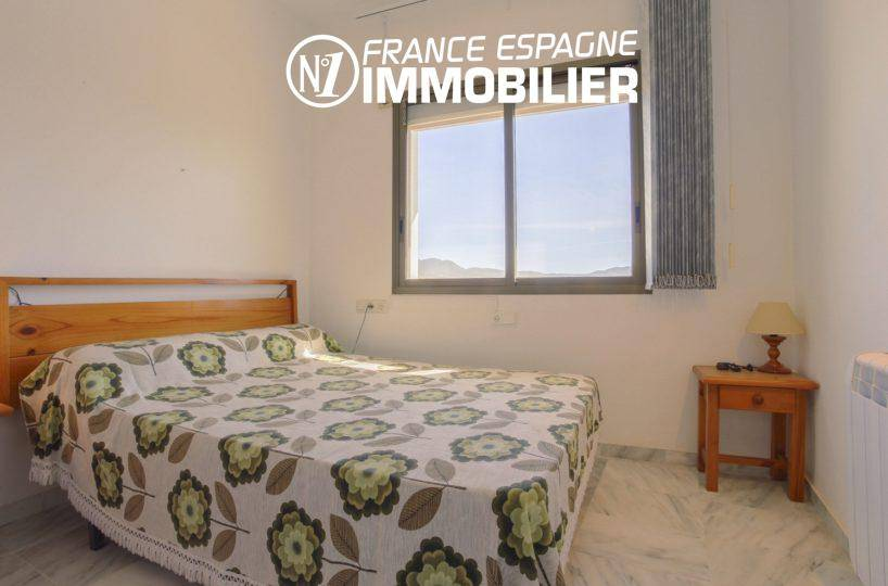 agence immo empuriabrava: appartement ref.3470, la chambre avec grand lit