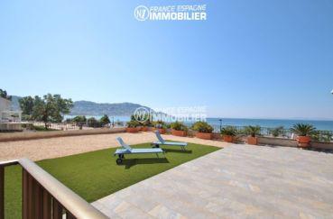 appartement a vendre roses: appartement 165 m², magnifique vue sur le puig rom au fond depuis la terrasse solarium