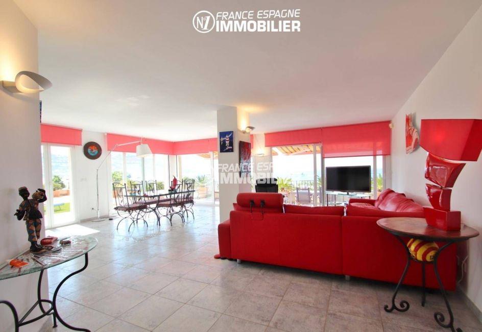 acheter appartement rosas, accès handicapé, vue sur l'ensemble salon / séjour accès terrasse