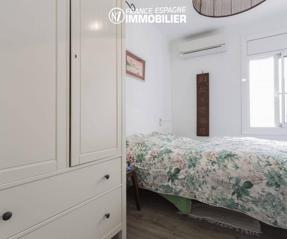maison a vendre empuria brava,  ref.3477, vue chambre 1 vers fenêtre