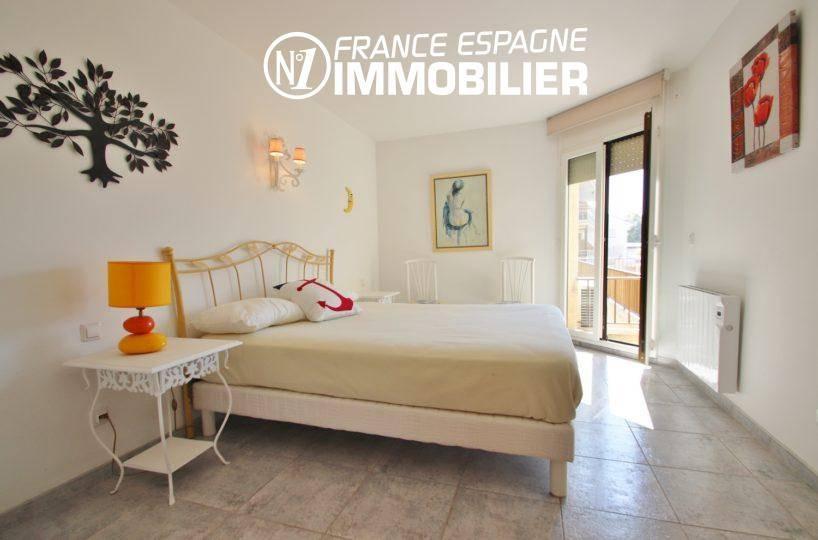 appartement à vendre à rosas espagne, 165 m², première chambre lit double accès terrasse