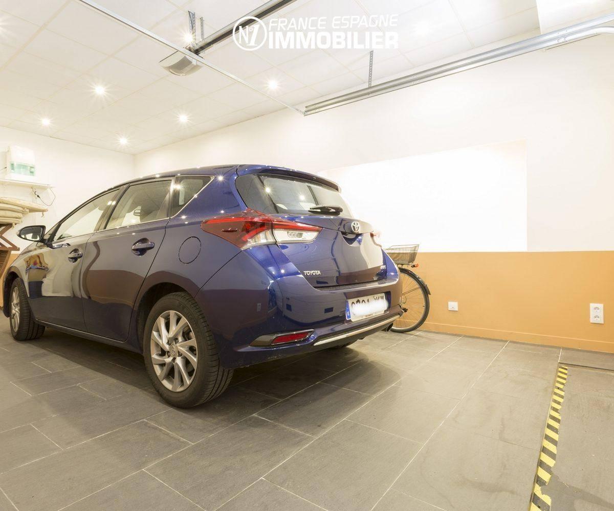 immobilier espagne pas cher: villa ref.3477, grand garage pour deux voitures