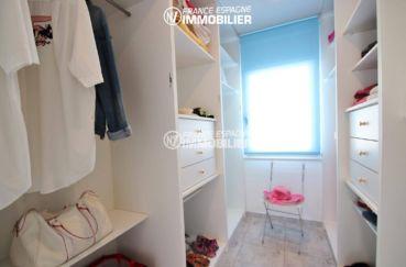 vente immobilier rosas espagne: appartement 165 m², dressing avec de nombreux rangements