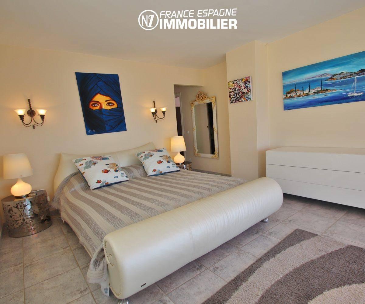 agences immobilieres rosas: appartement 165 m², troisième chambre lit double avec rangements