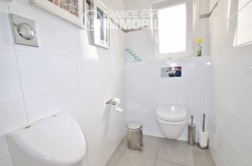 immobilier a vendre costa brava: villa ref.3481, toilettes indépendant