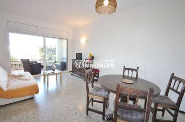 appartement costa brava, ref.3488, salon / séjour avec accès sur la terrasse de 14 m²