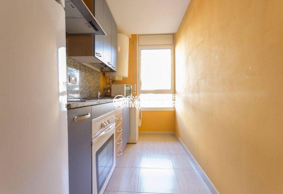 llança: appartement 43 m², cuisine indépendante équipée et fonctionnelle