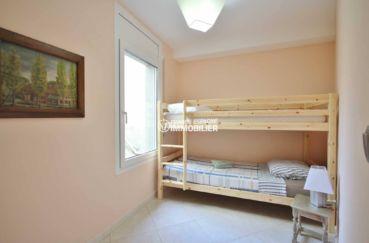vente immobilière costa brava: villa ref.2364, première chambre avec lits superposés