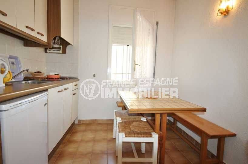 immobilier espagne costa brava: villa ref.3498, cuisine indépendante avec table petit déjeuner