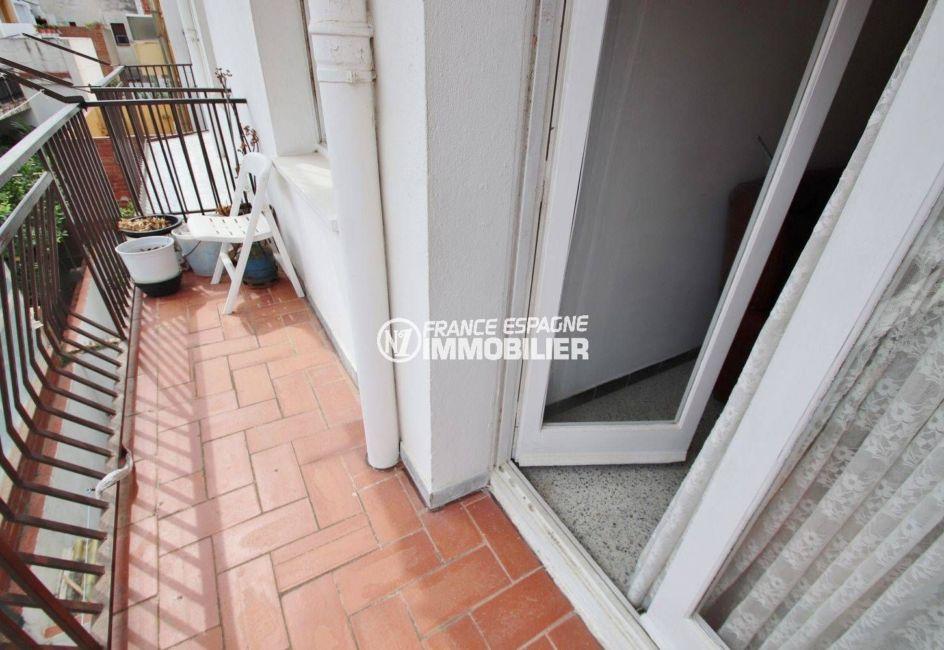 appartement costa brava, ref.3483, vue sur le première balcon tout en longueur