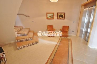 vente immobilier espagne costa brava: ref.2364, escalier qui dessert appartement du bas