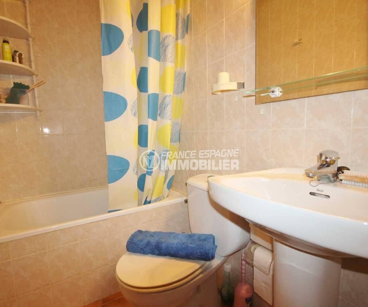 maison a vendre empuriabrava, ref.3498, première salle de bains