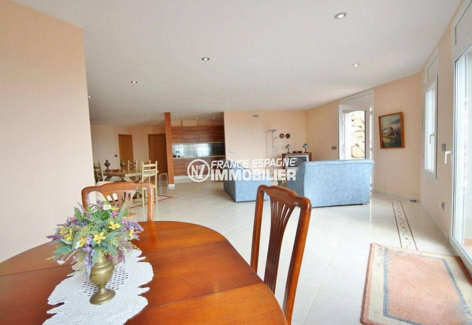 vente immobiliere espagne costa brava: ref.2364, salle à manger / salon accès terrasse