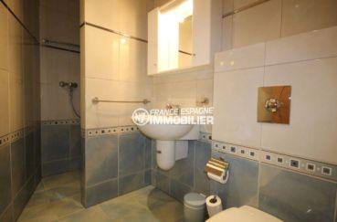 costa brava maison a vendre, ref.2364, salle d'eau avec douche, lavabo et wc