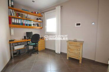 maison a vendre sur la costa brava, ref.2364, troisième chambre aménagée en bureau