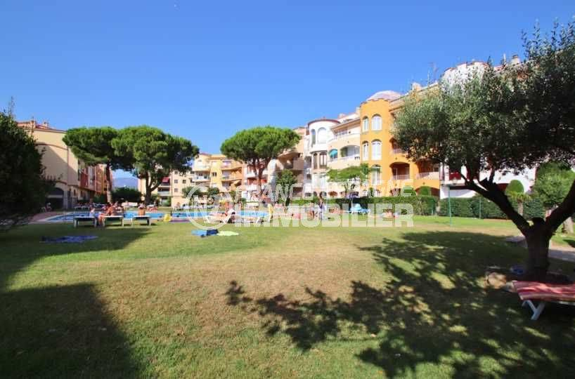 immobilier empuriabrava, pas cher, appartement proche plage, terrasse, piscine possible