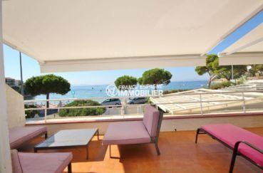 vente appartement rosas vue mer: 70 m² en front de mer, plage à 50 m