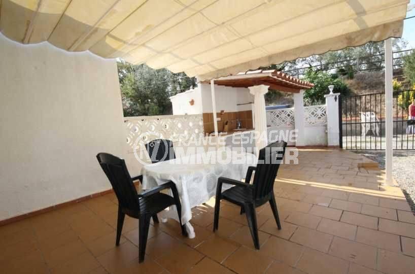 terrasse avec cuisine d'été