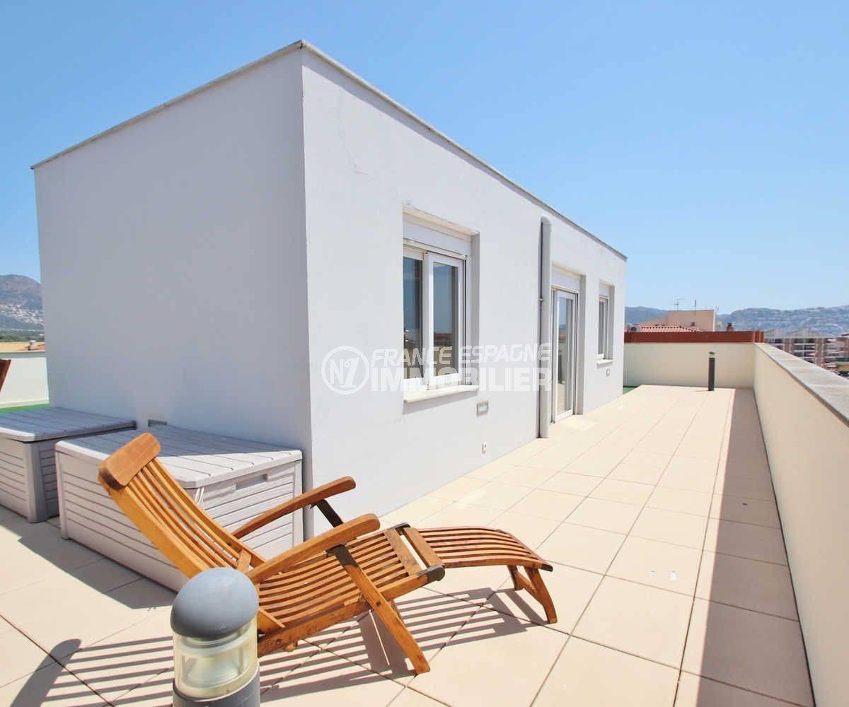 vente appartement rosas, ref.3482, aperçu du solarium 63 m² sur le toit
