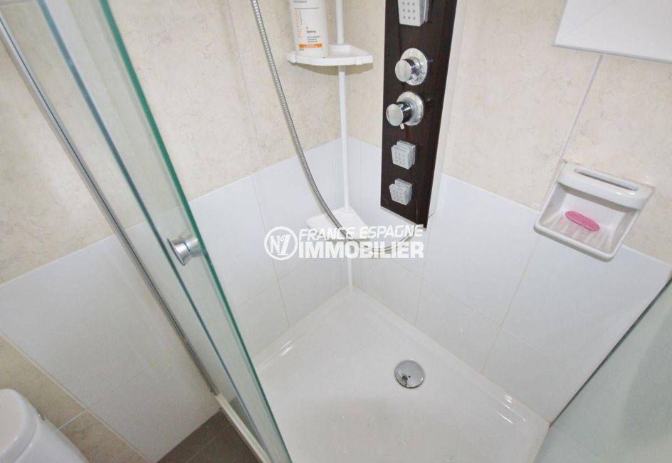 appartement a vendre a rosas,  ref.3493, aperçu de la douche