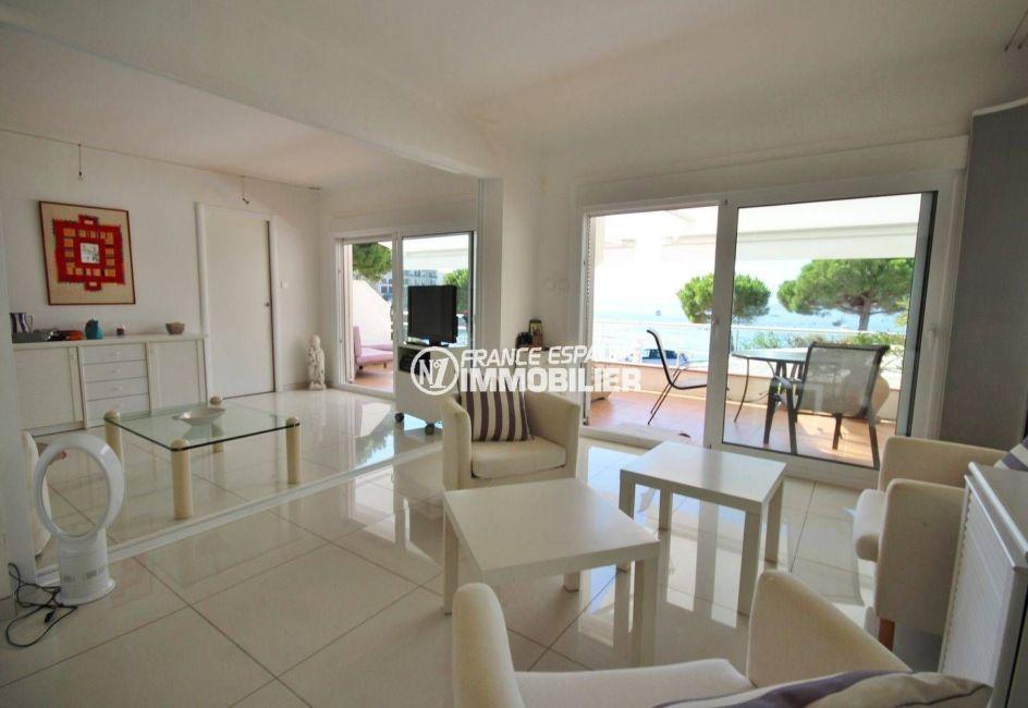 achat appartement rosas: front de mer vue imprenable, plage à 50 m